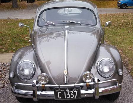 1957 VW Beetle Ontario license licence YOM plates