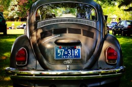 1971 VW Beetle Ontario license licence YOM plates